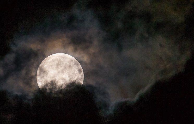 Вконце рабочей недели люди увидят лунное затмение
