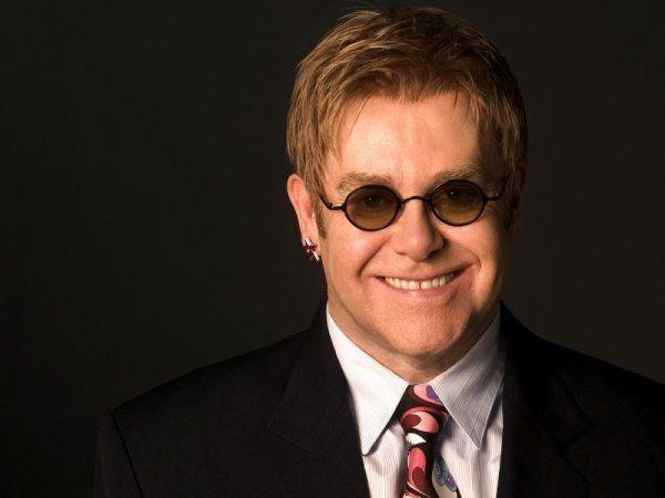 Элтон Джон отменил концерты из-за редкого заболевания