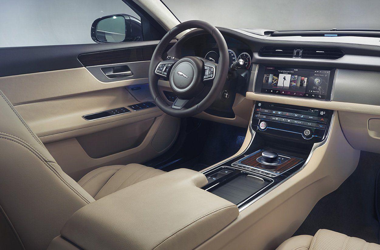 Универсал Ягуар XFSportbrake для США получил ценник в70 450 долларов