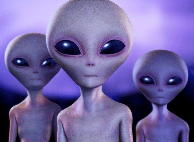 Уфологи при помощи NASA отыскали наЛуне город пришельцев
