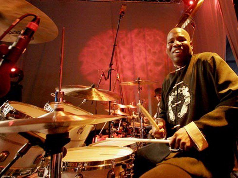 Самые впечатляющие видео музыканта— скончался барабанщик Принса