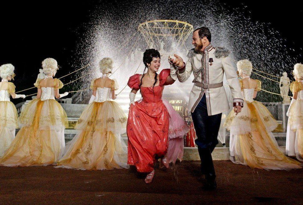 Из «Матильды» могут убрать сцены сголой грудью балерины