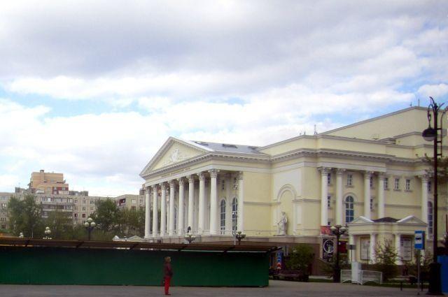 Основного кинорежиссера Тюменского театра драмы ищут шесть лет
