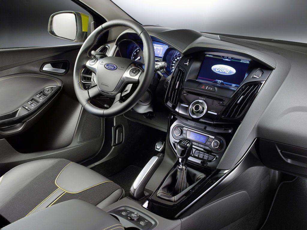 Форд продемонстрировал концептуальный автомобиль беспилотников сосъемным рулем ипедалями