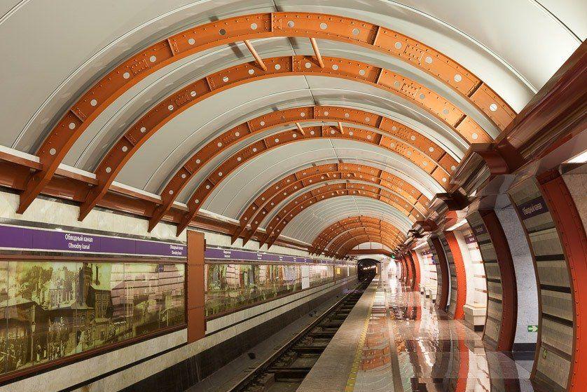 Картинки, картинки метро санкт петербурга