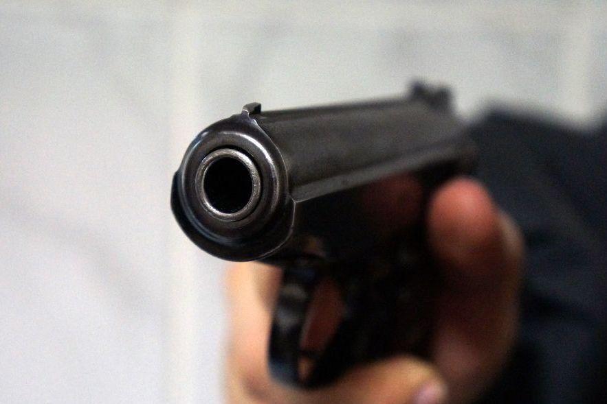 Самарский вымогатель выстрелил предпринимателю вногу заотказ выдать млн руб.