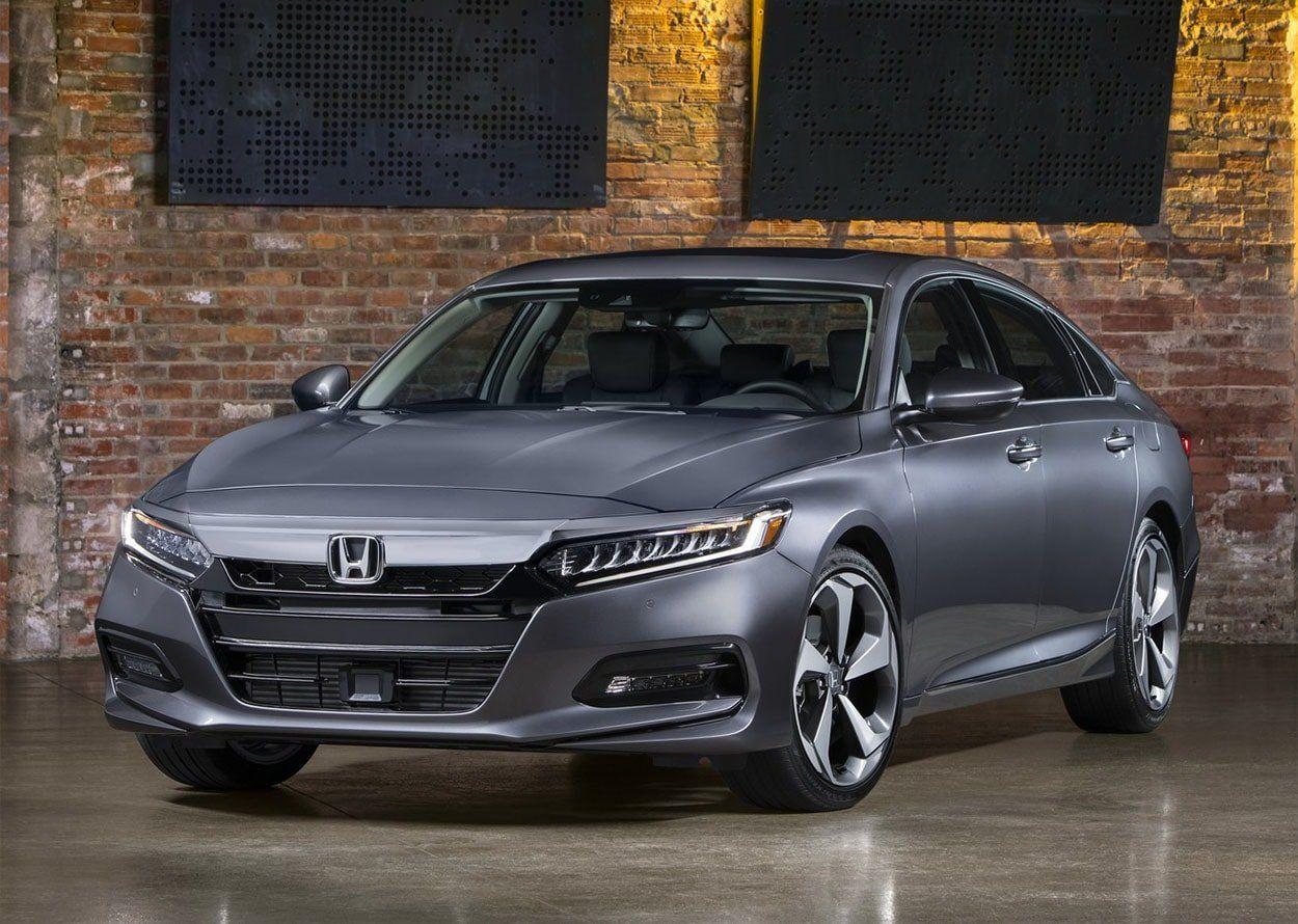 Хонда приступила кпроизводству седана Accord десятого поколения