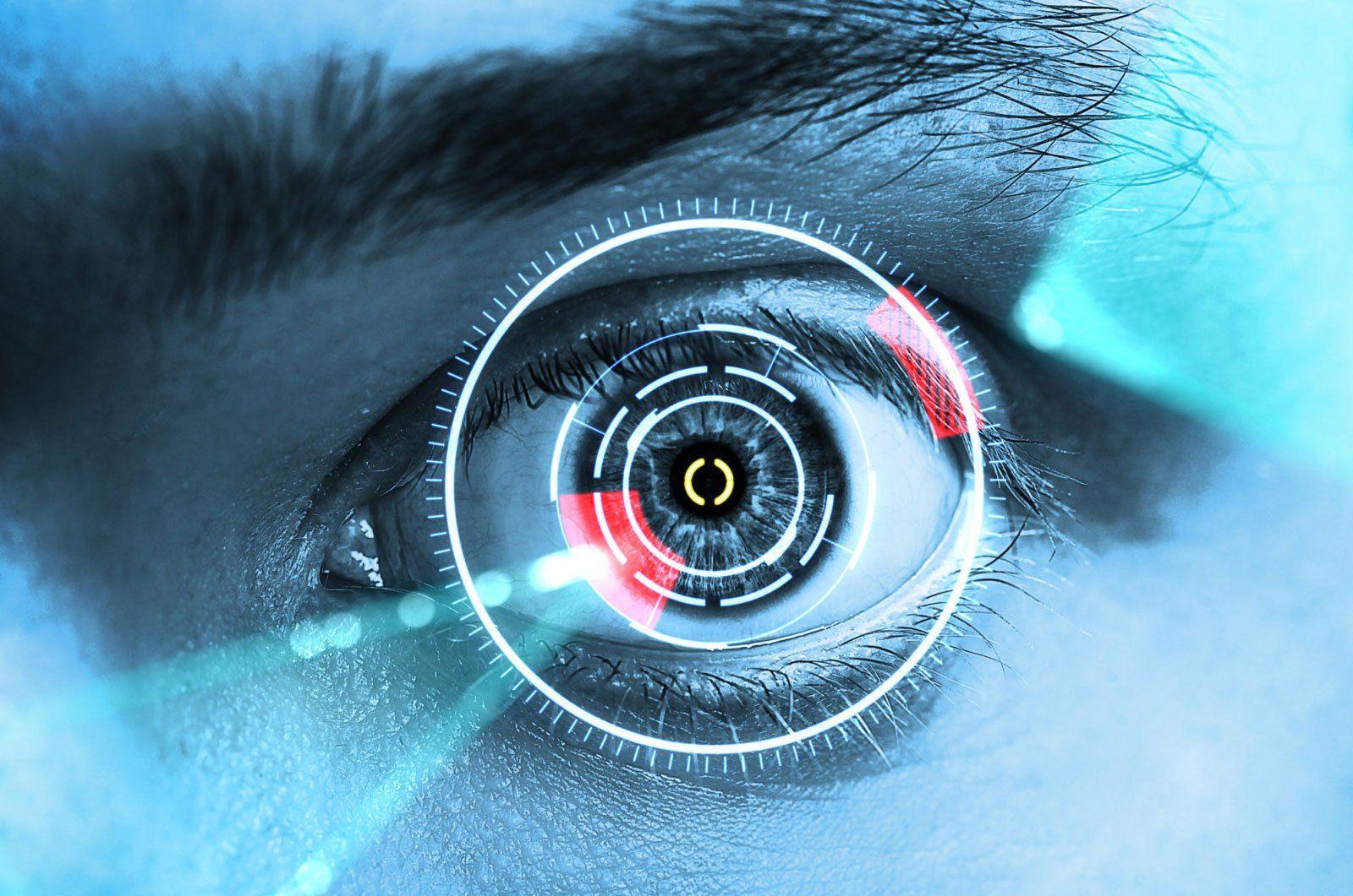 Ученые: Синий свет экрана убивает зрение