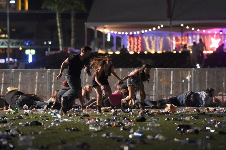 В клиниках Лас-Вегаса находятся еще 45 пострадавших при массовой стрельбе