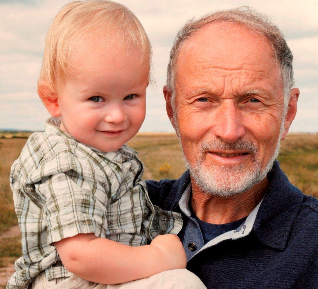 Ученые назвали возраст, после которого опасно иметь детей