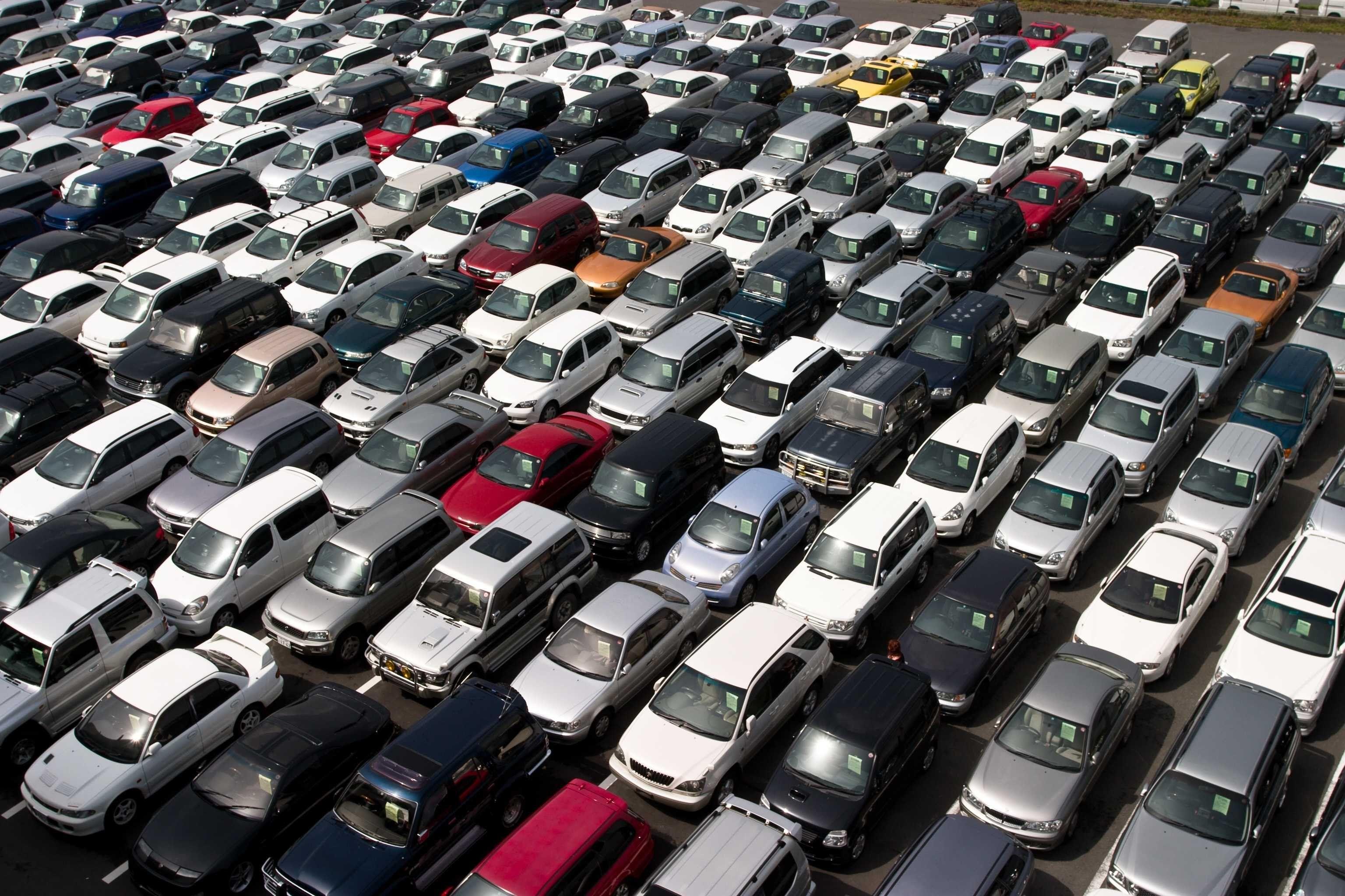 Сразу 10 компаний изменили цены насвои автомобили всередине осени