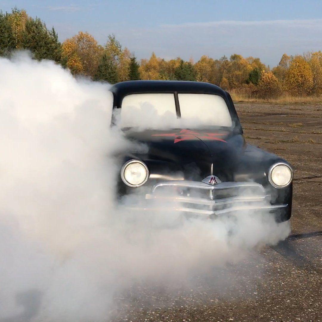Костромчанин сделал из«Победы» 1956 года спорткар для дрифта