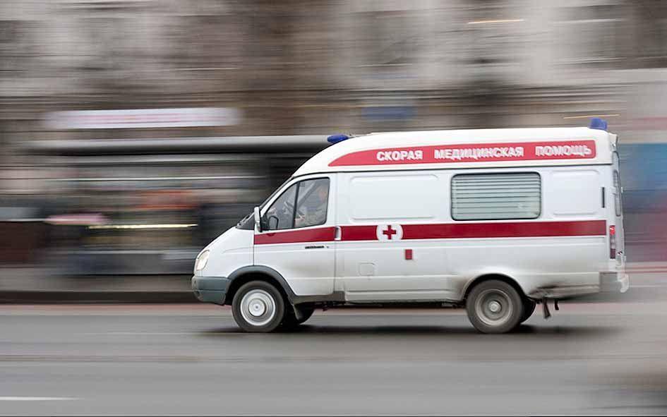 ВУфе водители скорой помощи сливают отходы больных надетскую площадку
