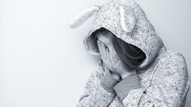 ВПетербурге двое неизвестных изнасиловали 15-летнюю девушку