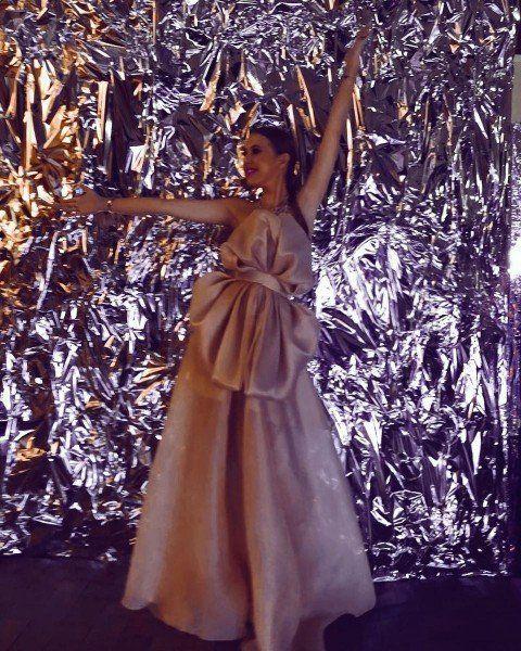 Нелепое платье Ксении Собчак сравнили с «кухонными шторами»