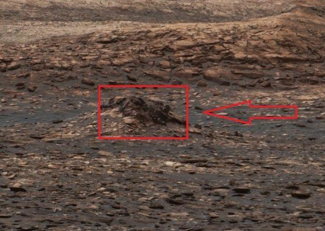 Ученые: НаМарсе лежат обломки НЛО, схожего на«Лексс»