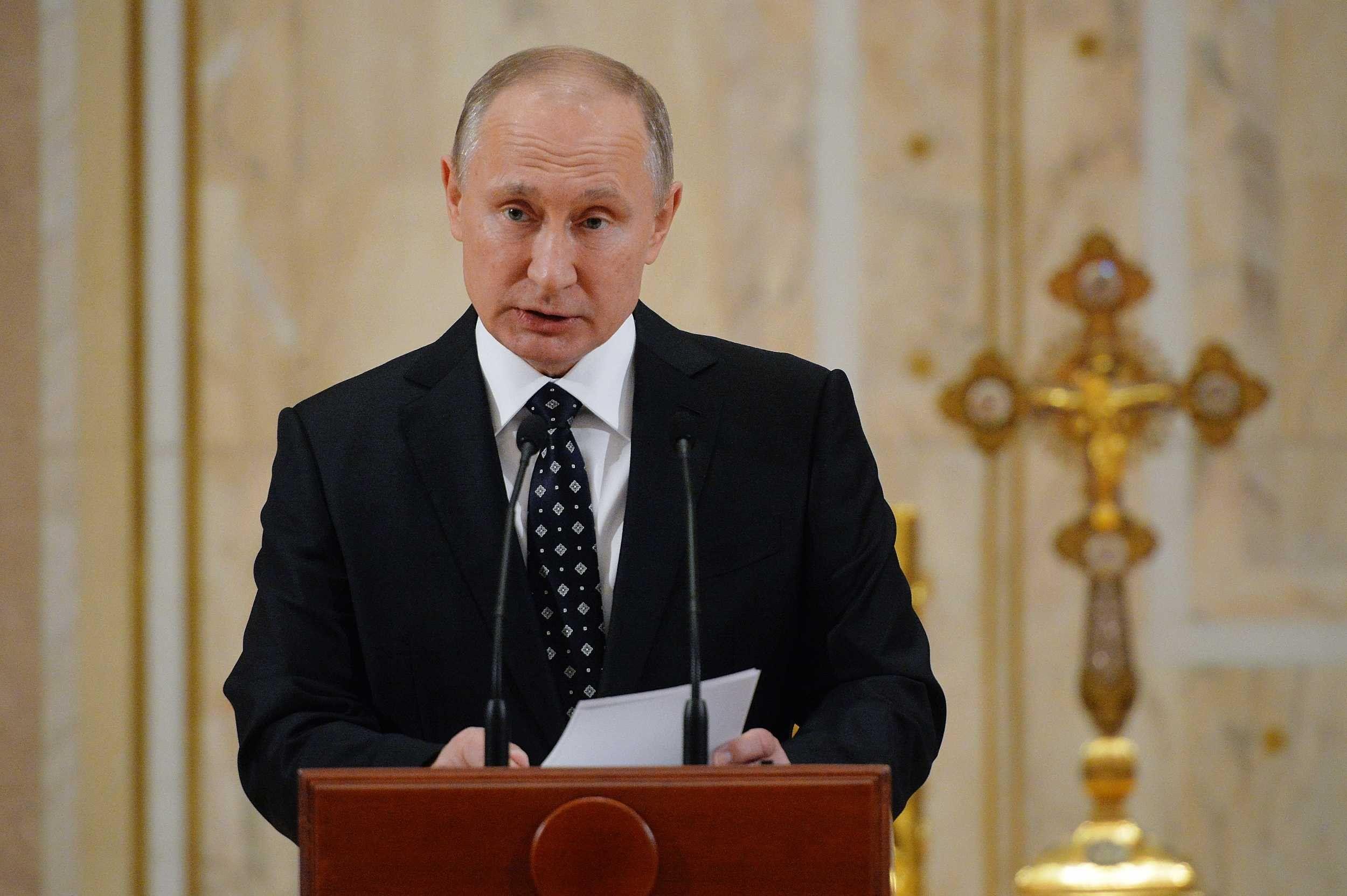 Владимир Путин принял решение участвовать ввыборах лидера России