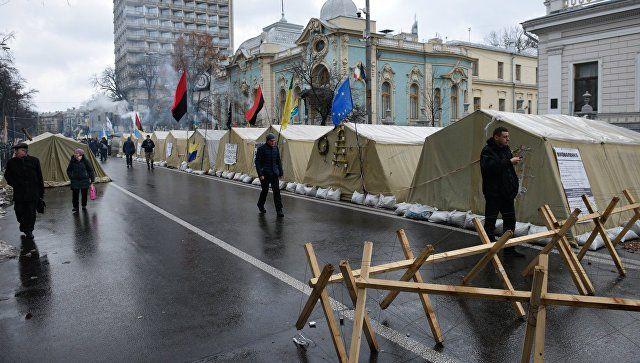 Уздания Рады вКиеве собрался митинг