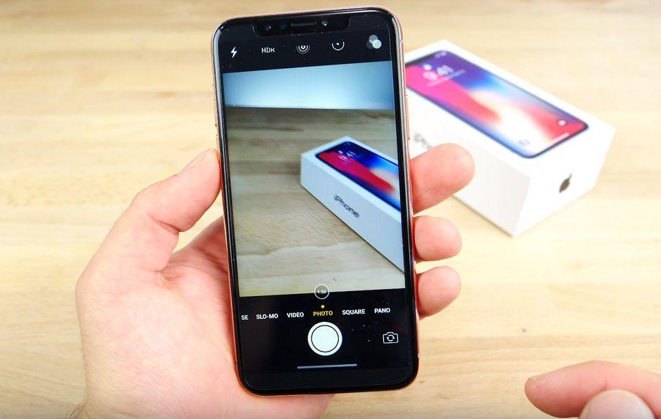 В сети показали «близнеца» iPhone X из Китая