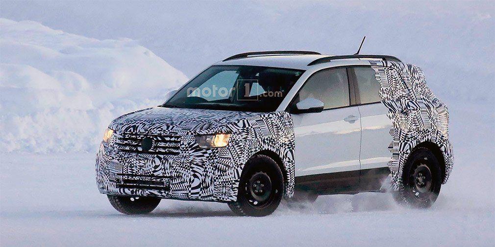 VW T-Cross проходит тестирования назаснеженной дороге
