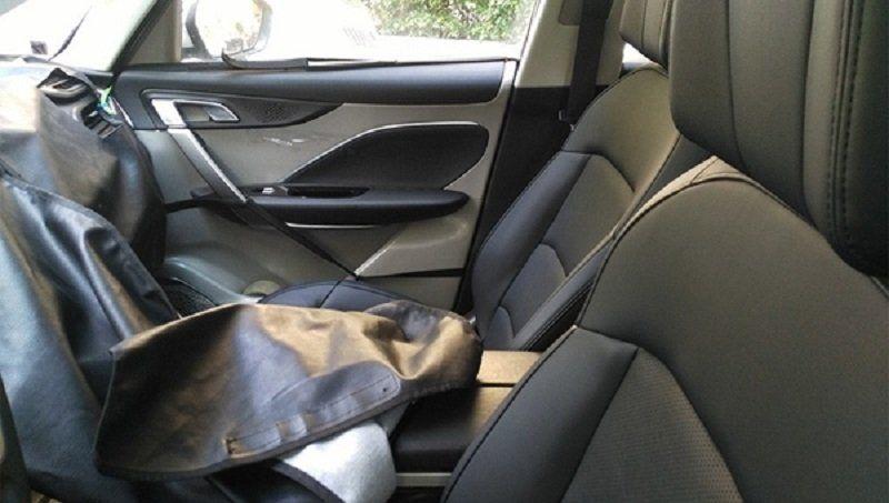 Винтернете опубликовали кадры нового минивэна Geely доофициальной презентации автомобиля