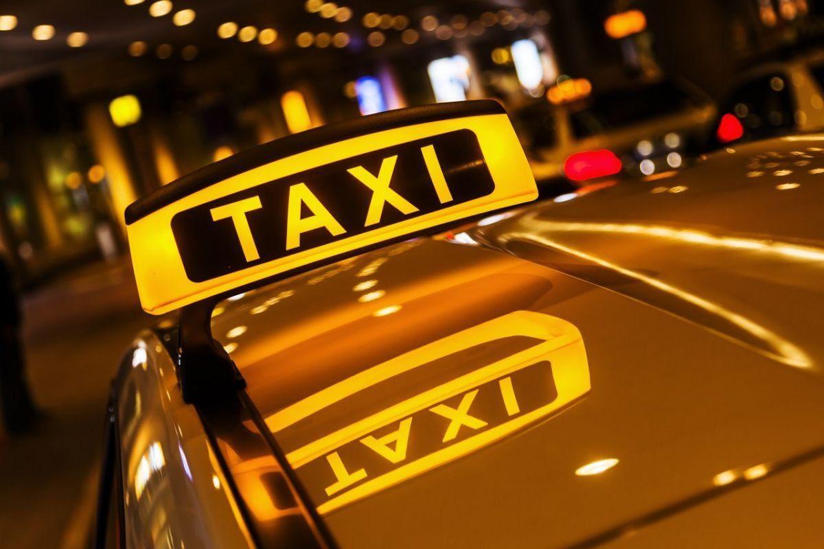 В столицеРФ таксист подвёз гражданина Турции за 10 000 руб.