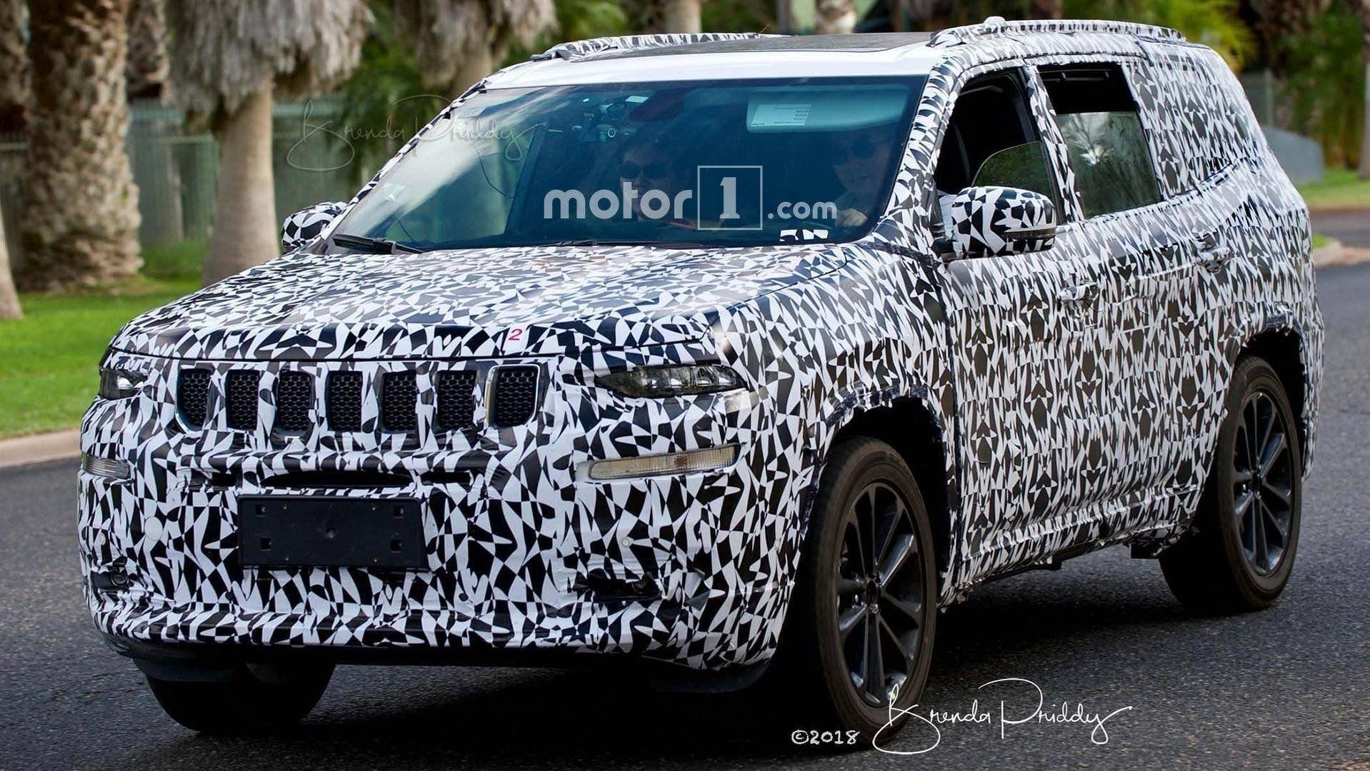 Новый вседорожный автомобиль Jeep Wagoneer «засветился» нашпионских снимках