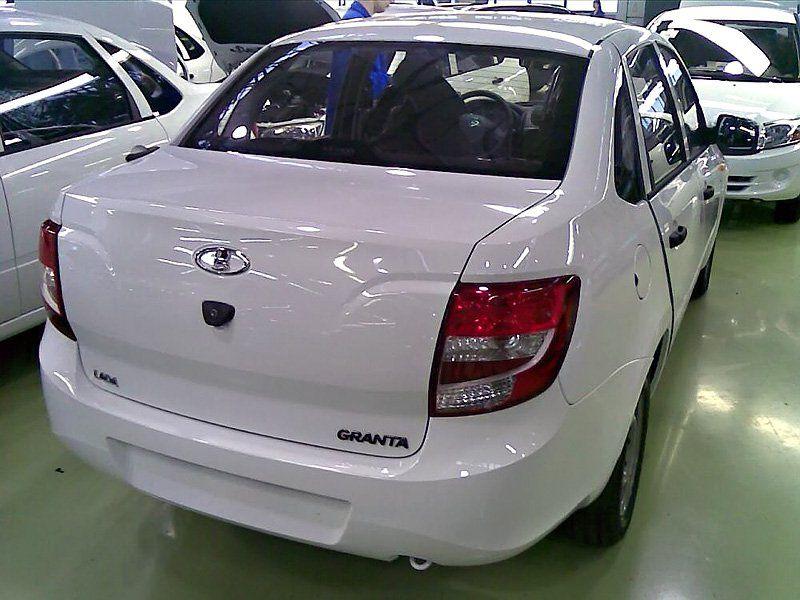 Волжский автомобильный завод будет поставлять вТуркмению только белые авто