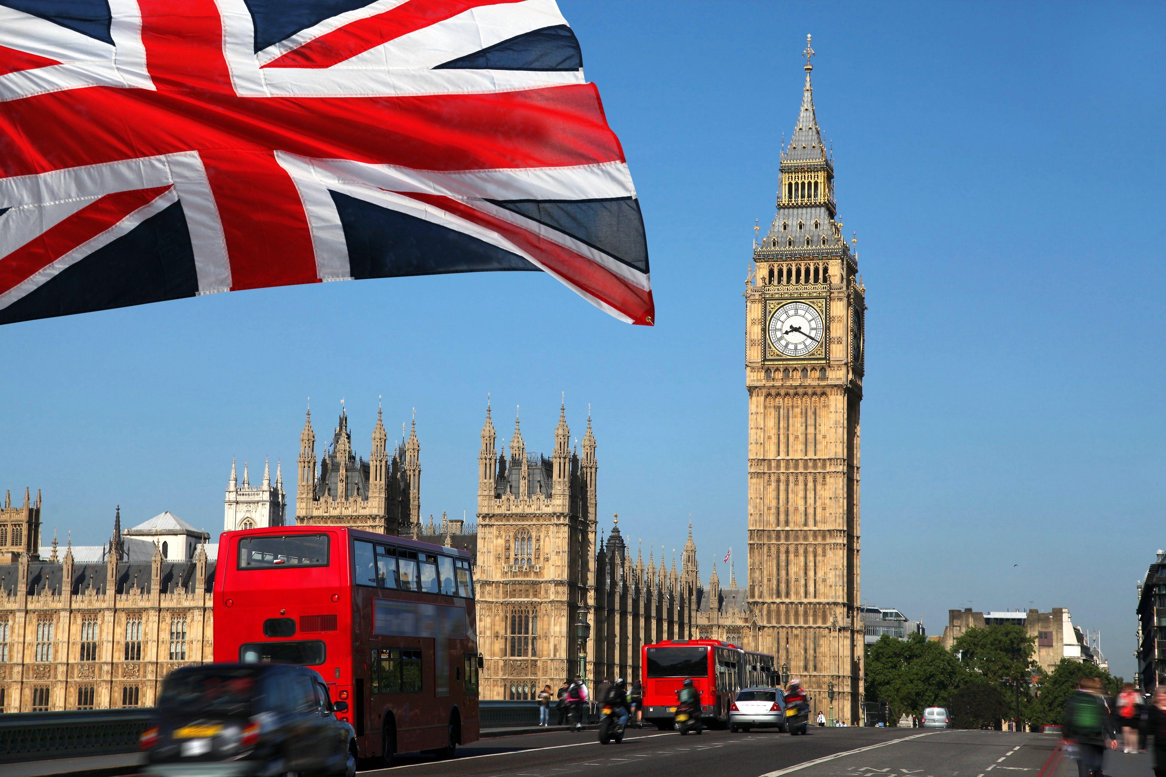 ПосолРФ поведал опоступающих угрозах вадрес граждан России в Англии
