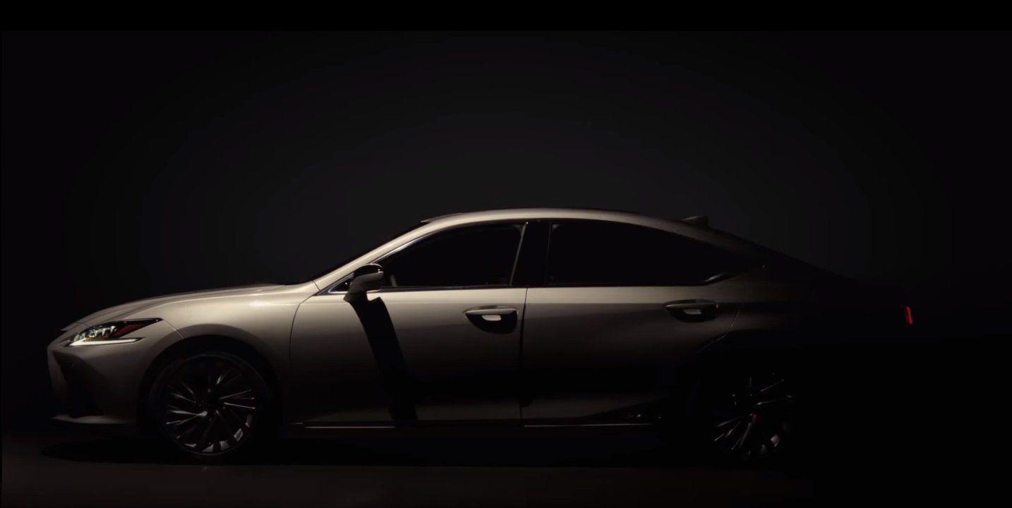 Lexus рассекретила внешность ES за неделю до премьеры