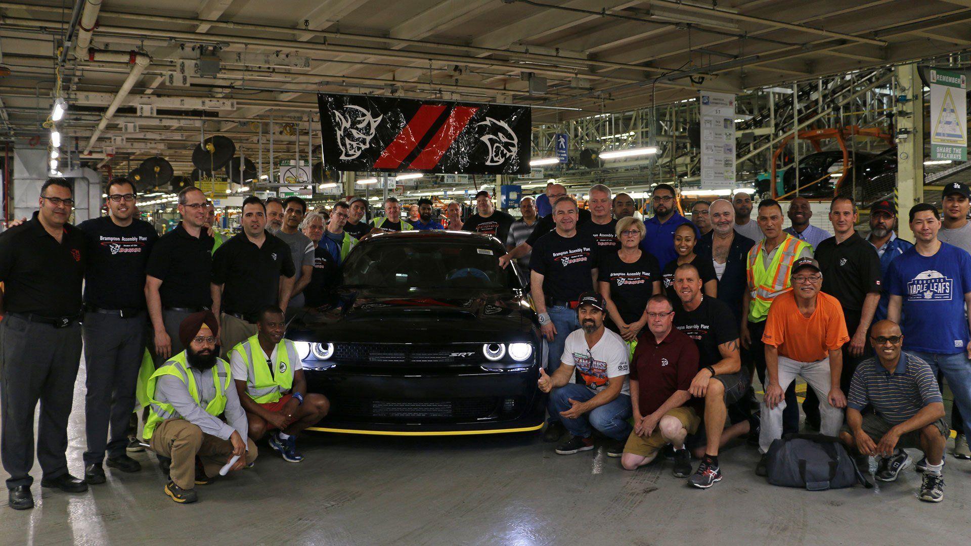 Последний Dodge Challenger SRT Demon пойдёт смолотка