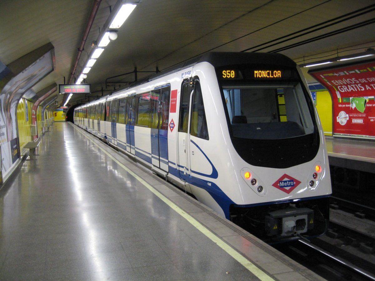 Упассажирки мадридского метро взорвался ноутбук