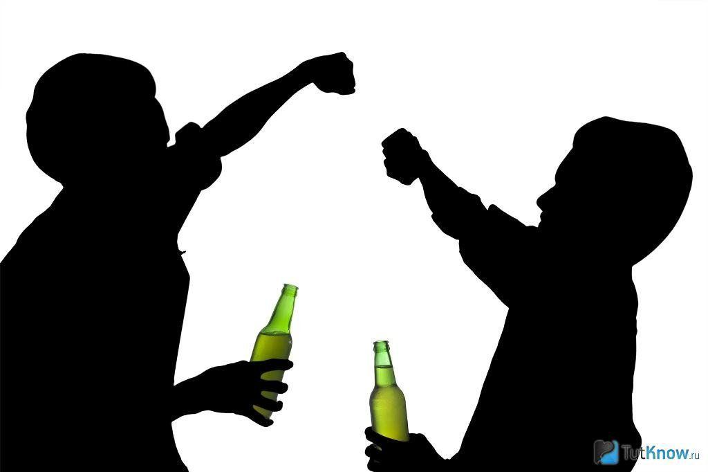 Минздрав предлагает увеличить в РФ минимальный возраст продажи алкоголя