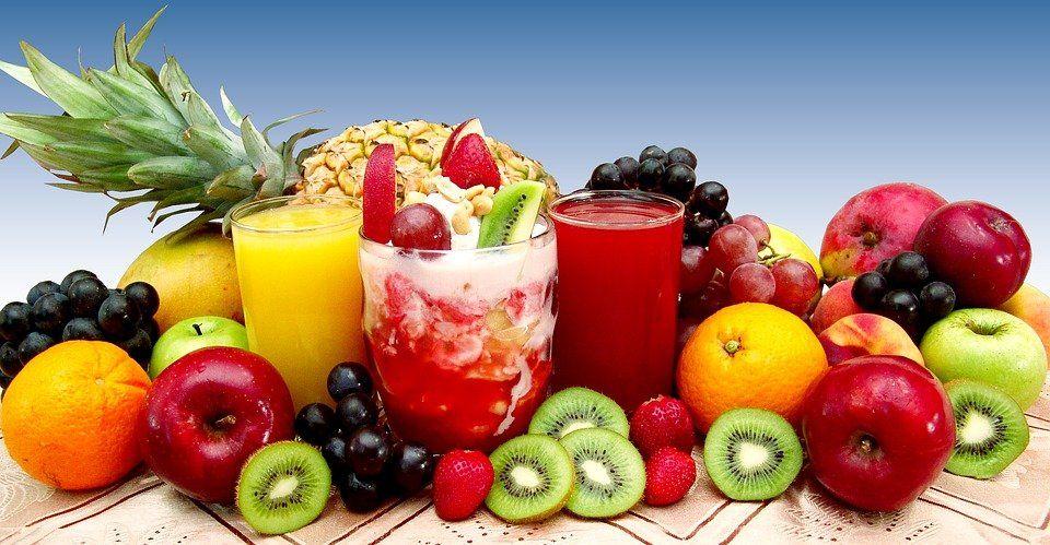 Специалисты назвали самые полезные соки, которые нужно пить вконце зимнего периода