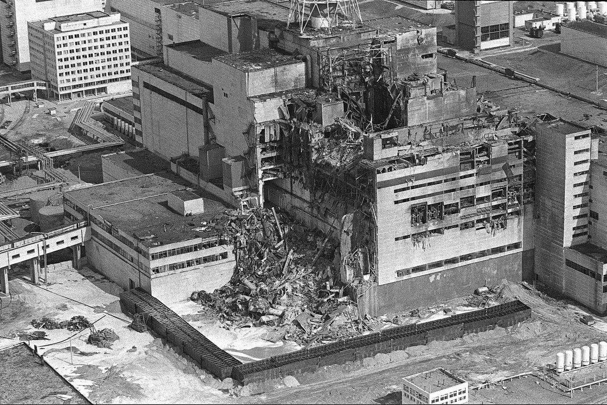 Чернобыль в картинках взрыв